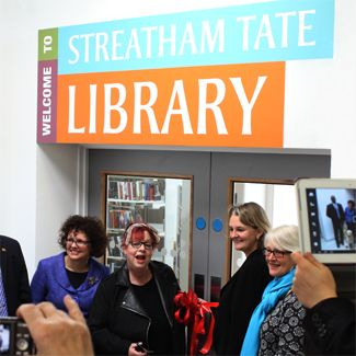 STREATHAM_TATE_LIBRARY_LAMBETH_COUNCIL_BRAND_IDENTITY_2